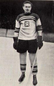 drobny-hockey player